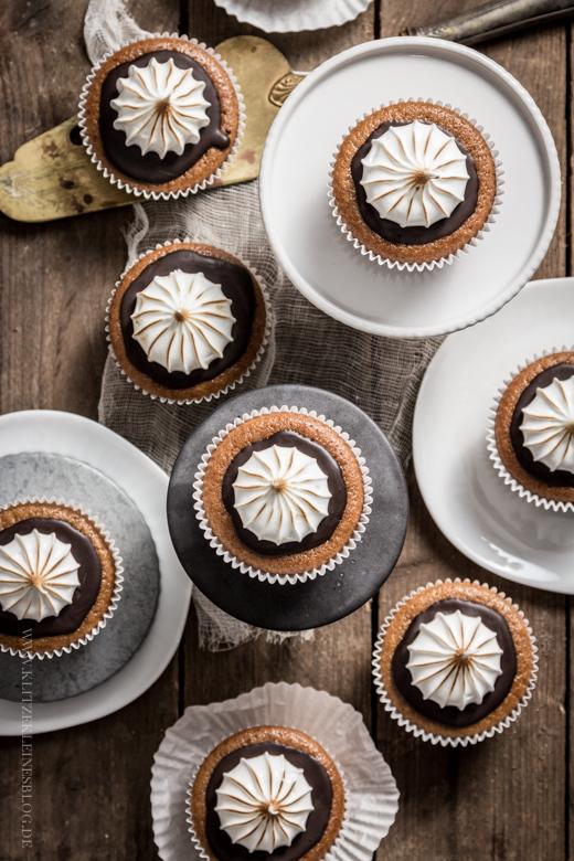 pumpkin cupcakes-040