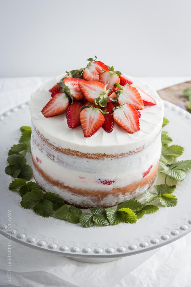 sommerliches-erdbeer-zitronen-toertchen-003