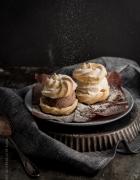 Verzierte Lebkuchen-Cookies. Eine feine Geschenkidee für die Adventszeit
