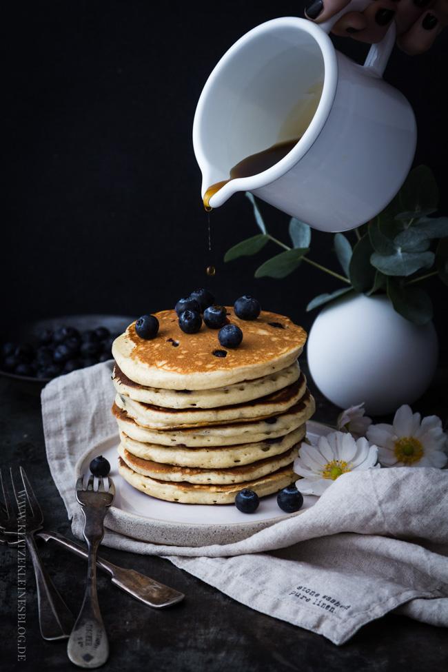 blaubeer-joghurt-pancakes-016