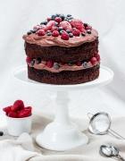 Rhabarber-Crème fraîche-Trifle { im Glas } – Fruchtig, leicht und ( jetzt ) genau das Richtige!