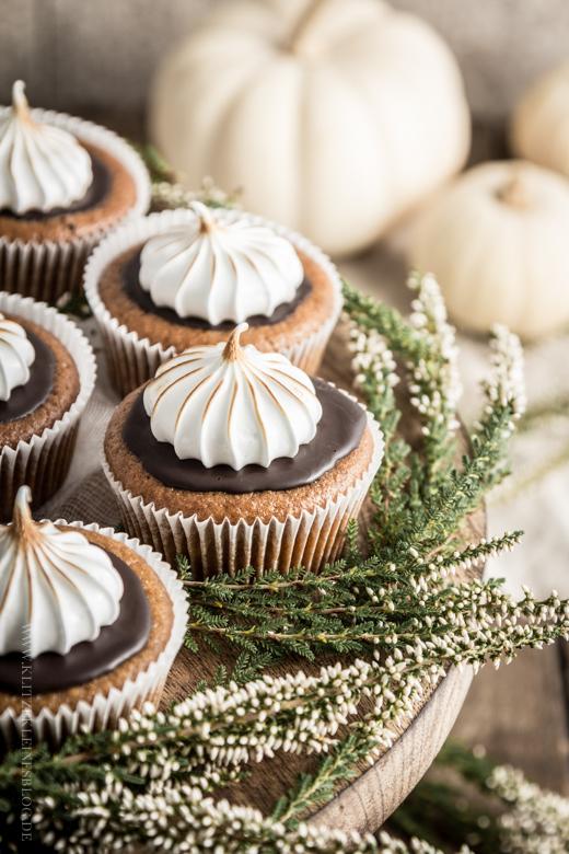 pumpkin cupcakes-016