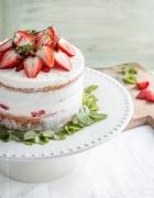 Klitzekleine Blueberries & Cream Pavlovas für Häagen-Dazs. Häagen-Dazs? OH. MEIN. GOTT. Und zudem drei SMEG-Kühlschränke gewinnen!