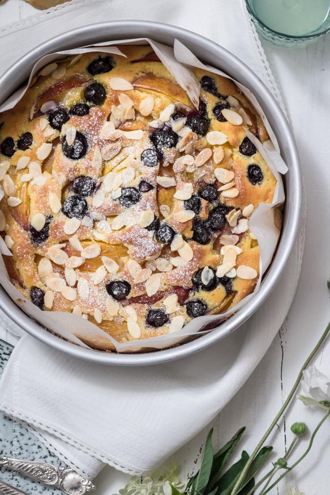 Nektarinen Blaubeer Kuchen mit Mandel-Butterguss-007