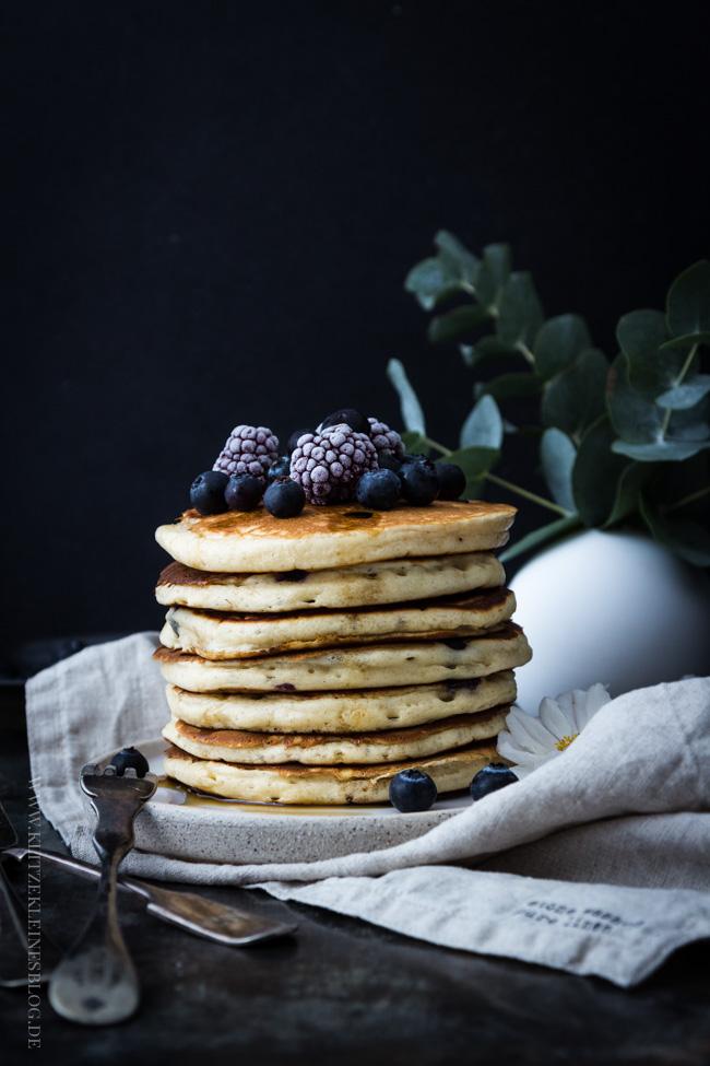 blaubeer-joghurt-pancakes-040